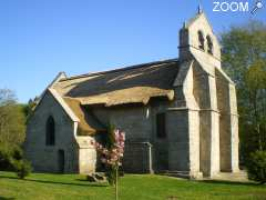 photo de Eglise de Lestards couverte en chaume