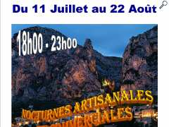 photo de nocturne artisanale et commerciale
